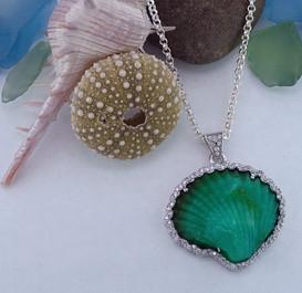 Shell Opal Pendant.jpg
