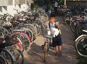 カンボジア ASIRA-自転車寄付001.jpg