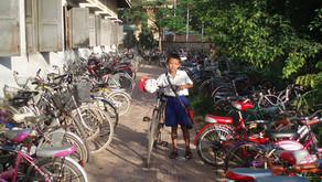 カンボジアへ、自転車の寄付