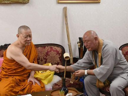 タイ・ワット・トライミット(黄金仏寺院) ・ソムデットトンチャイ師