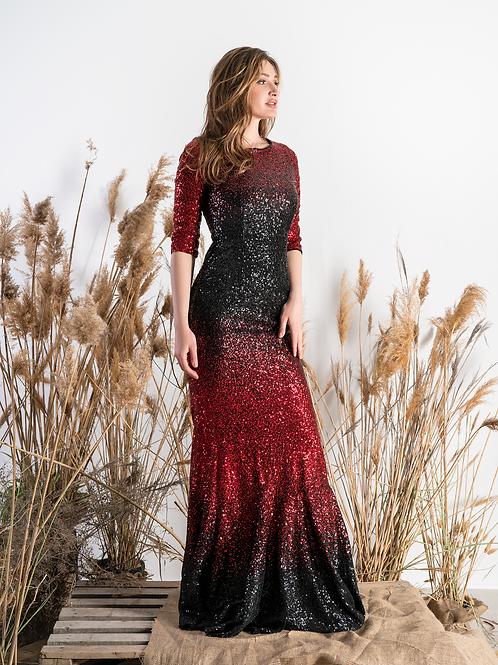 Красное платьев пайетках