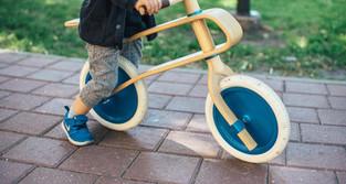 Dicas para ensinar as crianças a andarem de bicicleta sem rodinhas
