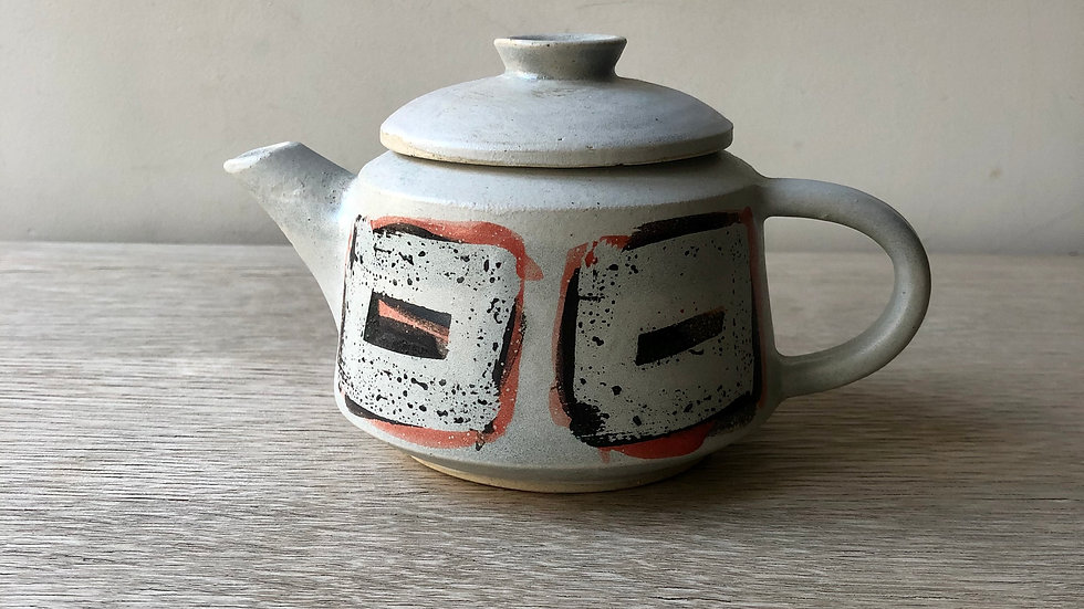 Tea pot 250 ml | Erin Clancy Ceramic