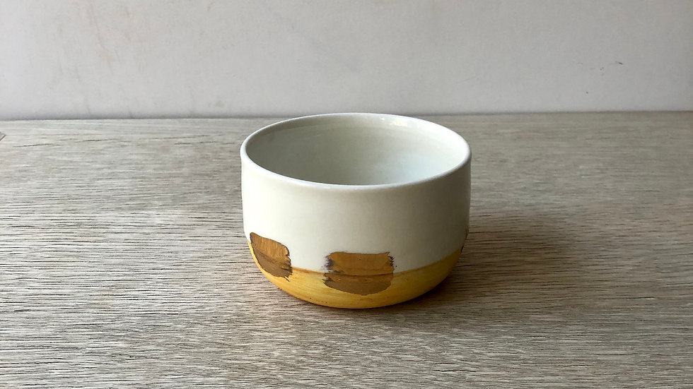 Cup Large with Gold | tea or coffee (120ml) | Erin Clancy Ceramic