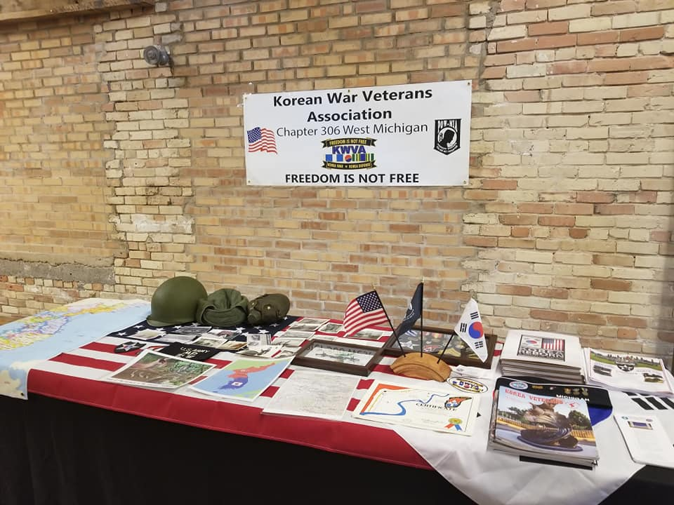 Chuseok Korean War Vet table