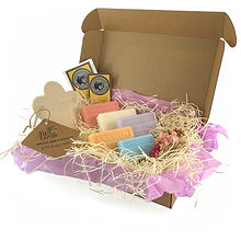 French Soaps Floral Melody Gift Set2.jpg