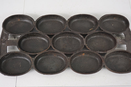 Cast Iron Gem Muffin Pan No 8 Oval