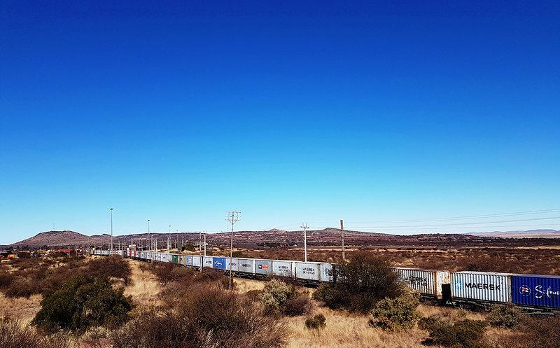 Kathu train at bridge 5.jpg