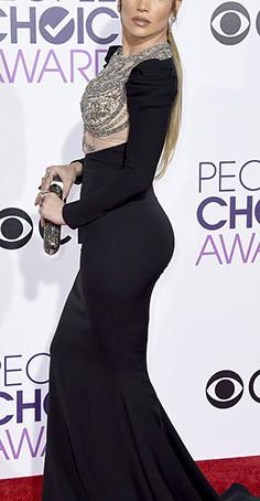 JLo strikes the perfect pose in the perfect dress/Jennifer Lopez & Guiseppe Zanotti!