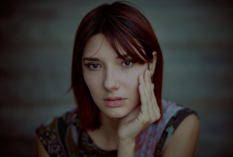 Model: Rebecca Salussolia