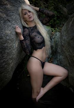 model: Nessie Diielsi