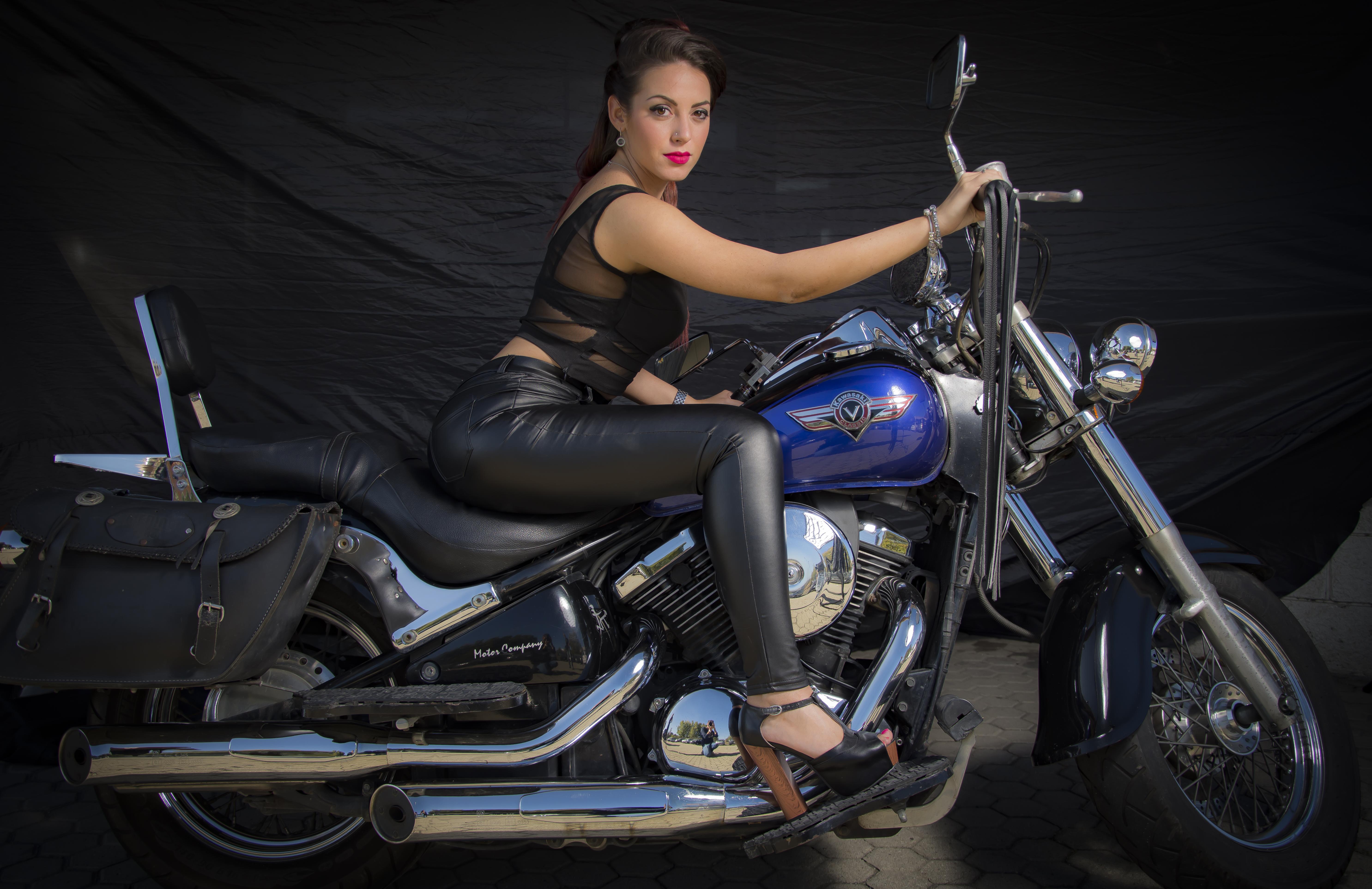 model: Samanta Brozzu