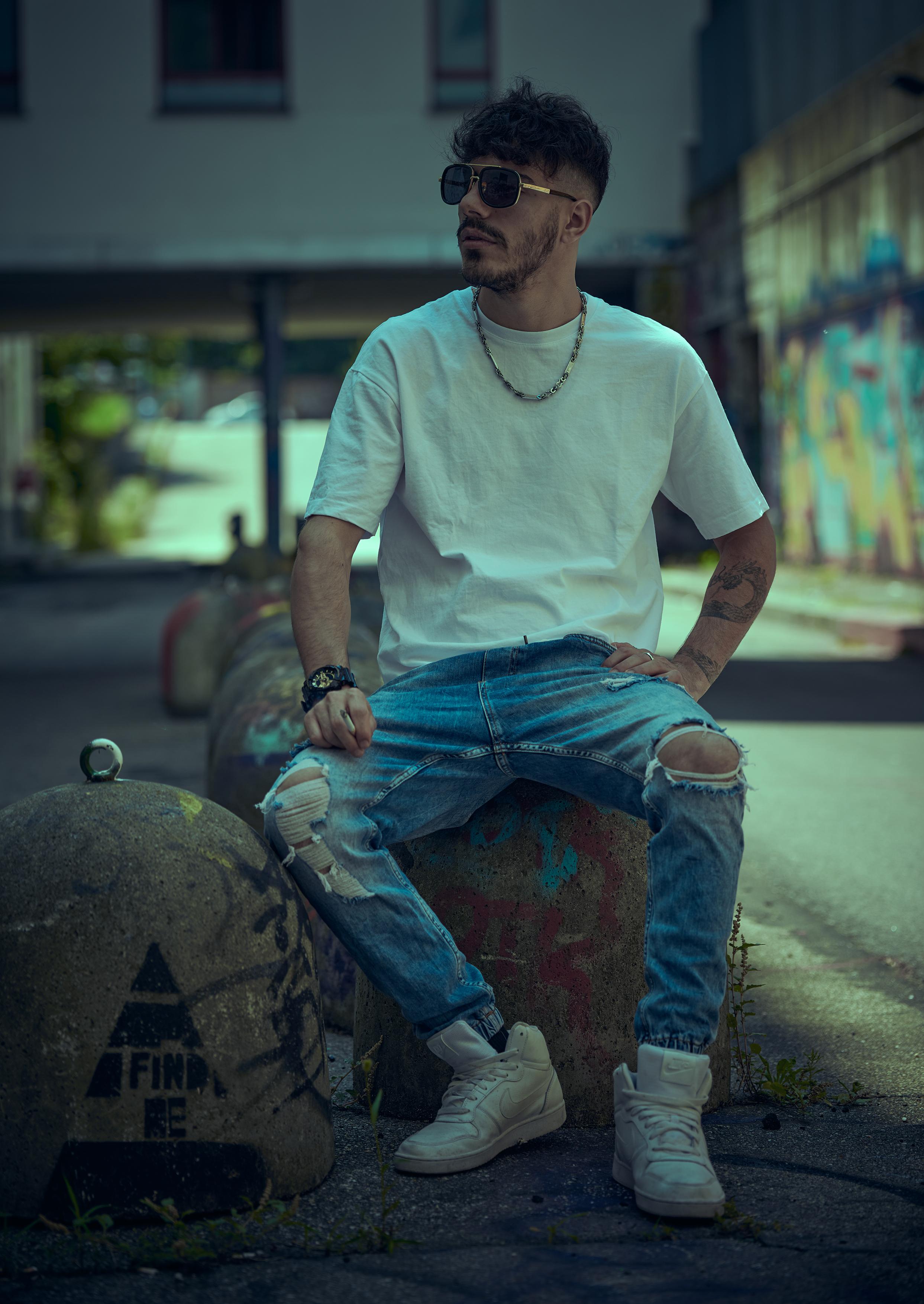 Model: Lorenzo LP