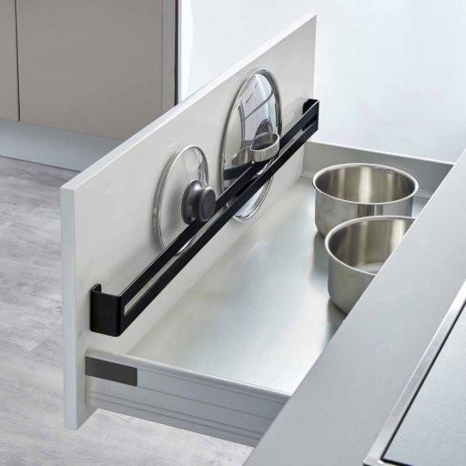 Portez Vous Bien rangement des couvercles de casseroles dans les tiroirs