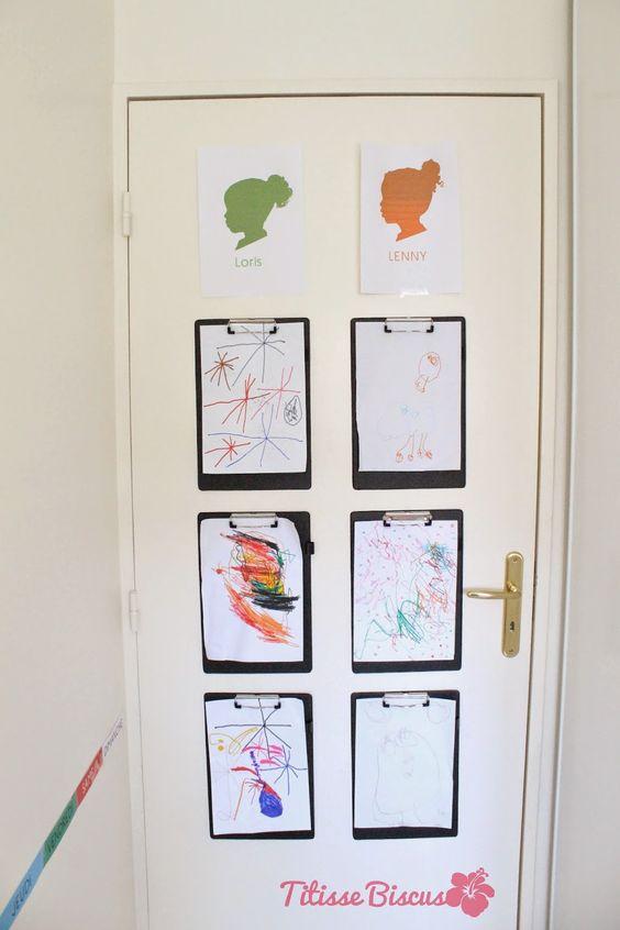 une porte d'exposition pour exposer les dessins des enfants Portez Vous Bien