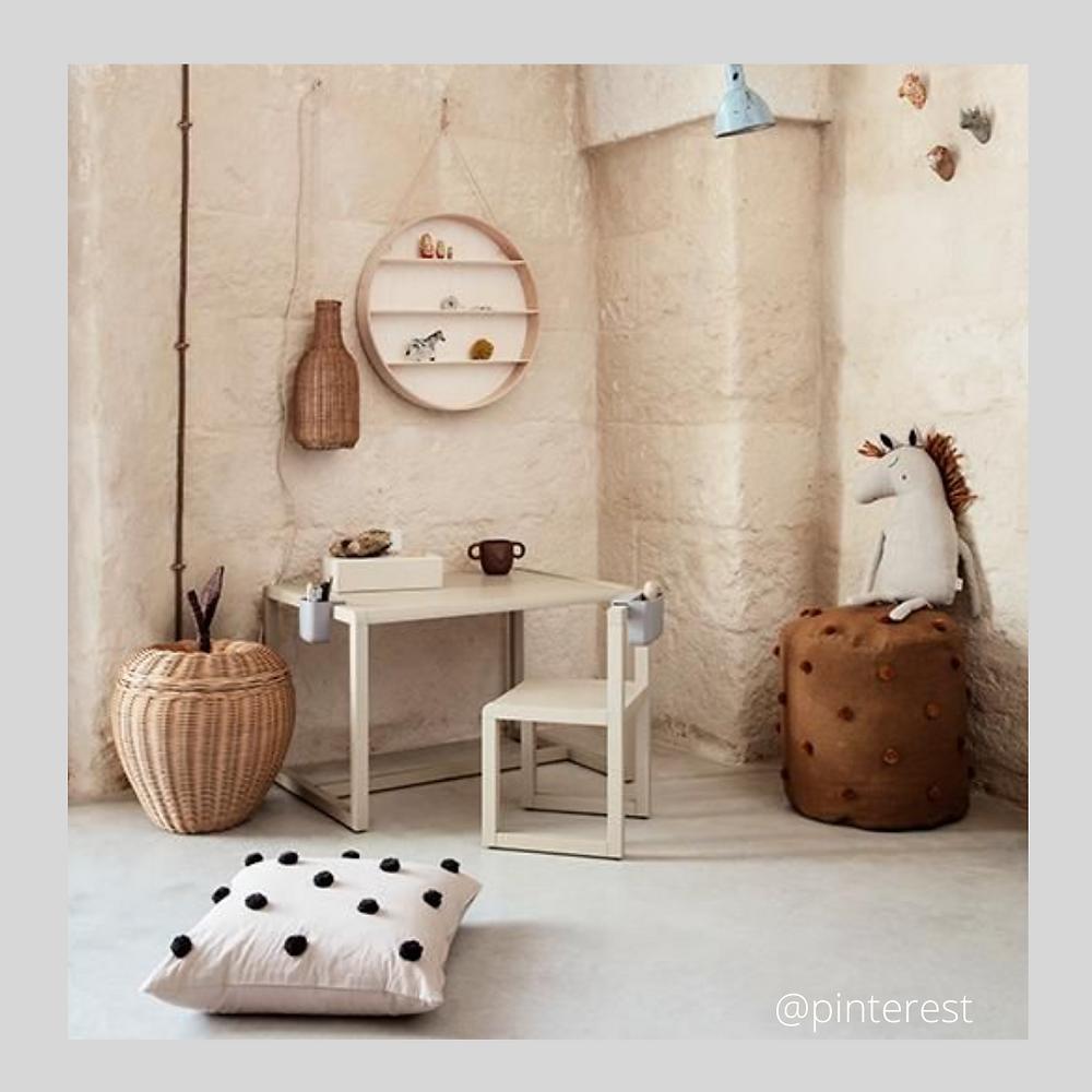 bureau nature, crème, bois, Home organising bureau pour les tout-petits