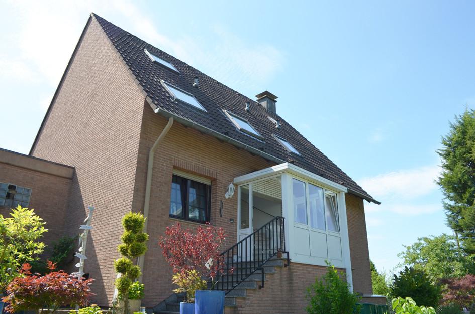 Haus_Eingangsseite1.jpg