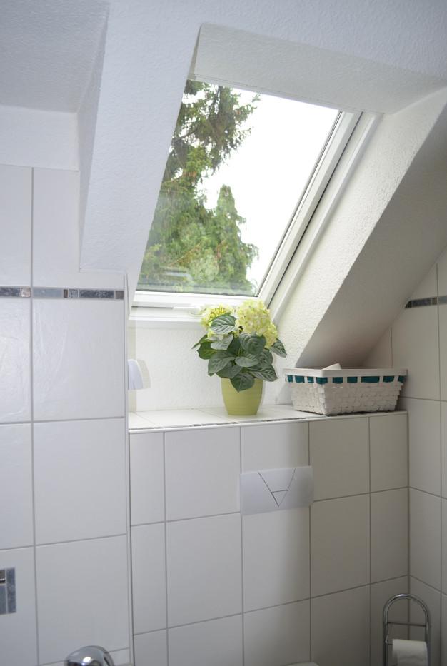 Immobilie_Wuppertal_Haus_Dönberg_Badezim