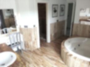 1 of 8 bathrooms.jpg
