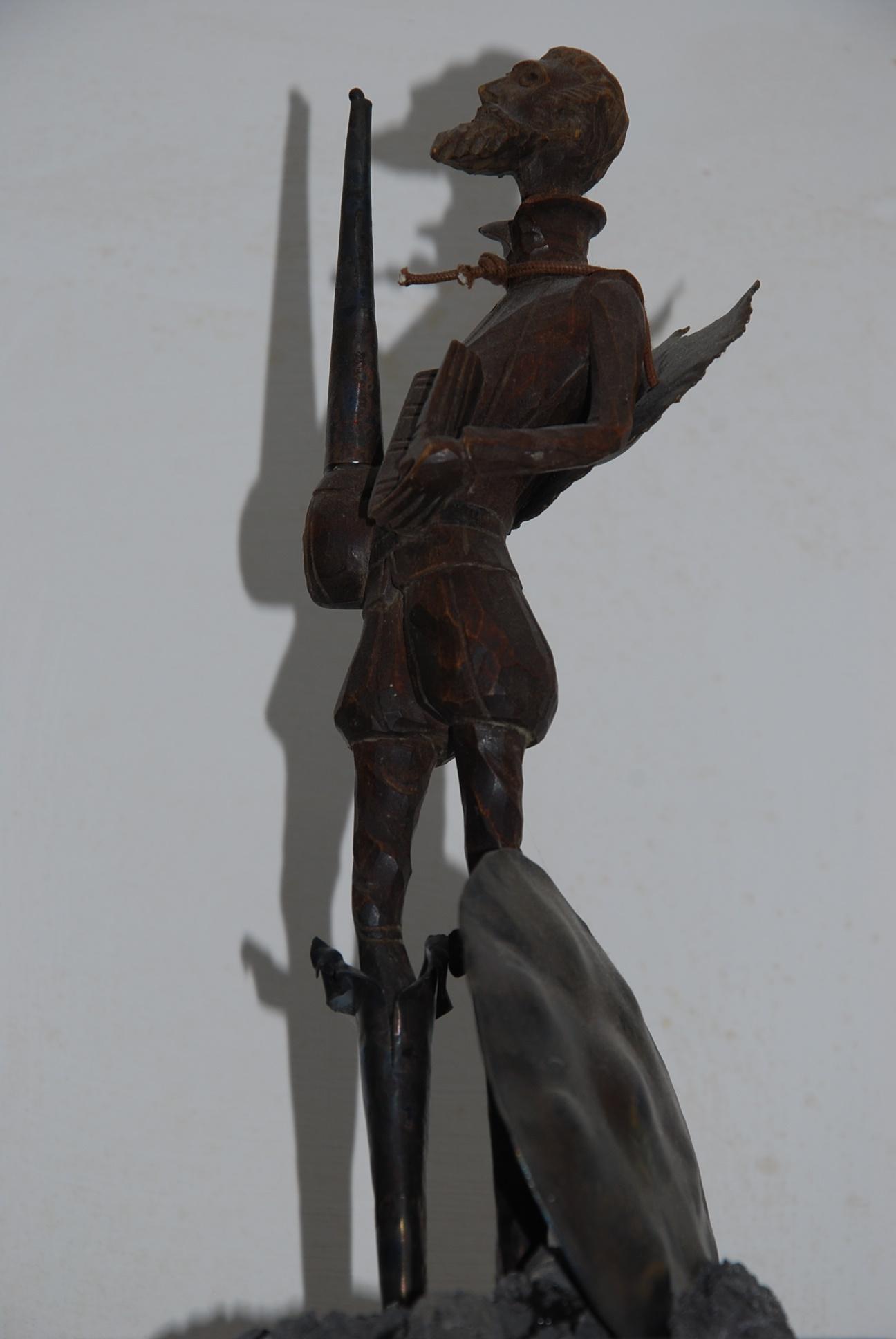 Villani - don chisciotte, 30 cm. ebano, argento e piperno (2)