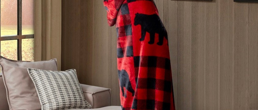 Buffolo Bear Plaid Hooded Throw