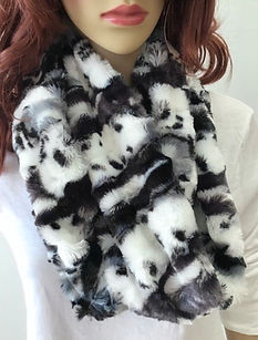 rose faux fur sherpa throw.jpg