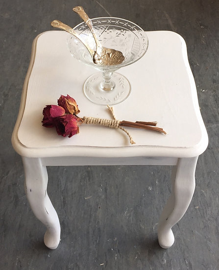 Small wavy edged white  side table