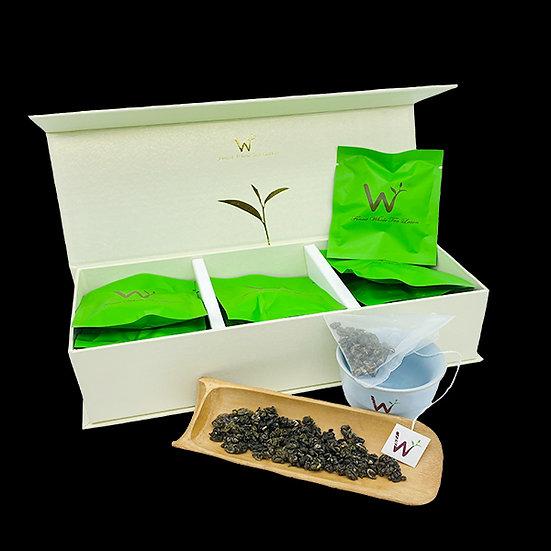 Royal Green Tea (碧螺春)
