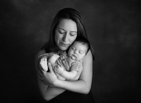 DID YOU MISS YOUR NEWBORN SESSION DUE TO THE LOCKDOWN? DON'T WORRY!