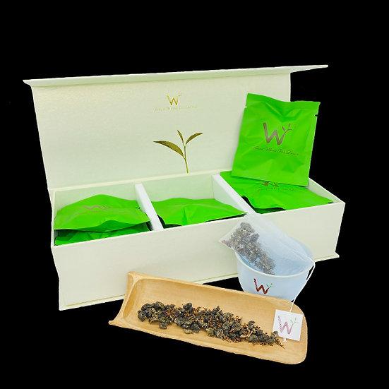 Osmanthus Oolong Tea (桂花乌龙茶)