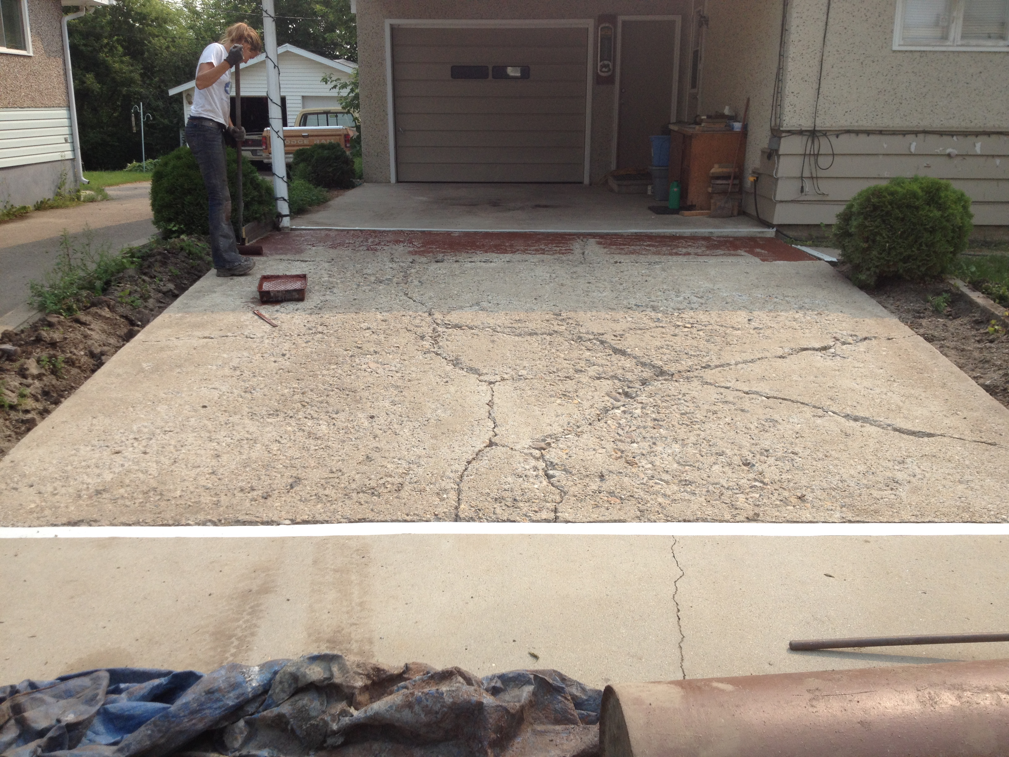 cracked driveway - before
