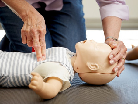 Emergency Child Care: How It Stands Apart From Traditional First Aid (And Why That's Important)