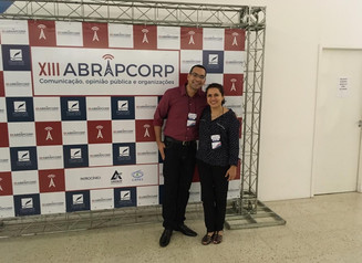 Professores do curso apresentam trabalhos na ABRAPCORP