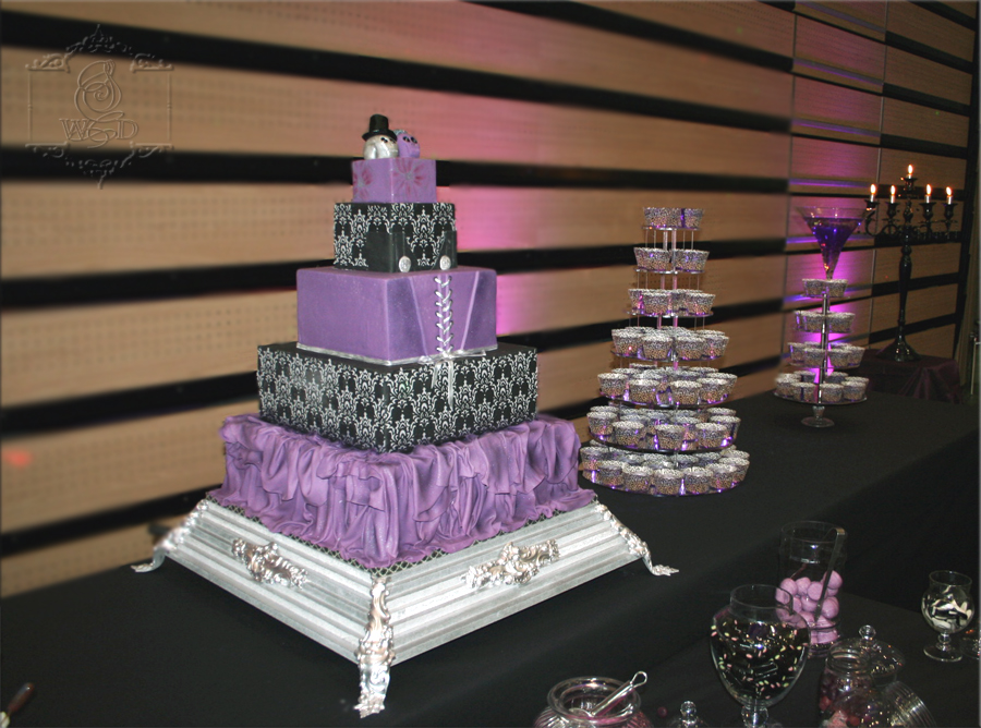 Wedding Cake Ba'Rock.