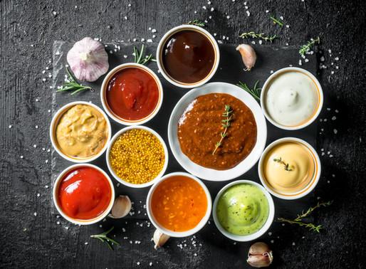 Quoi faire avec les sauces et condiments qui encombrent le réfrigérateur?