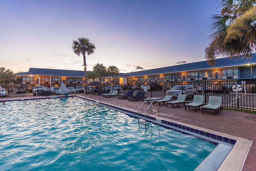 2019 Ocean Coast Hotel Rooms 091A - Dere