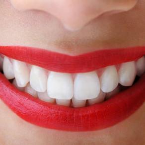 8 moduri in care iti strici dintii fara sa stii