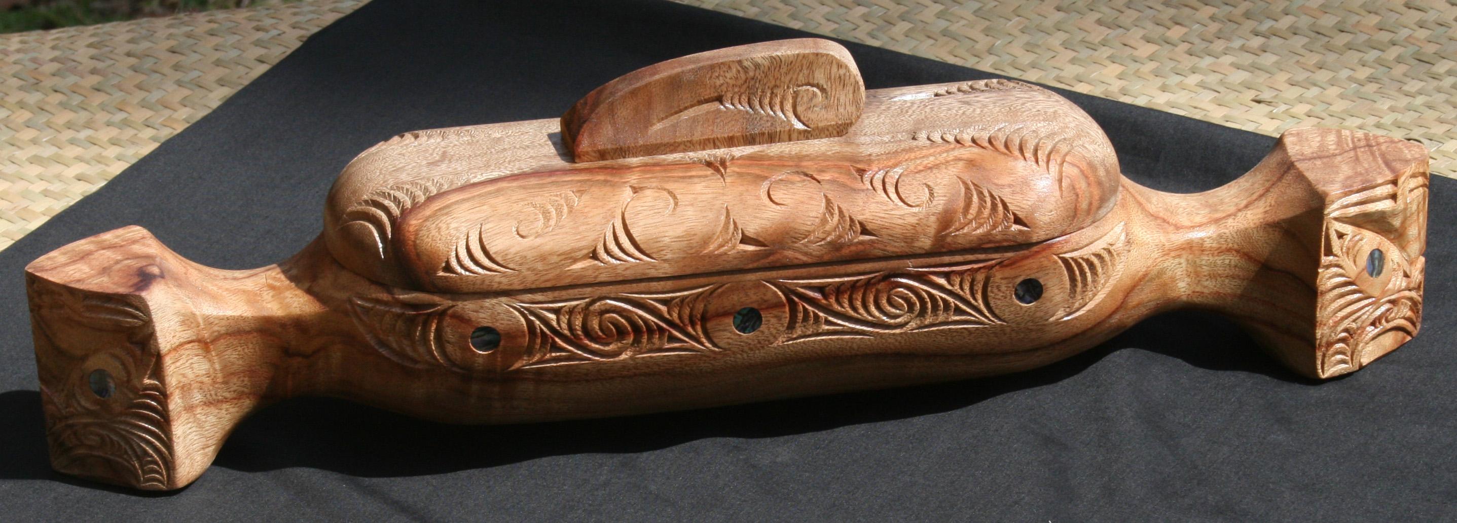 Wakahuia 32