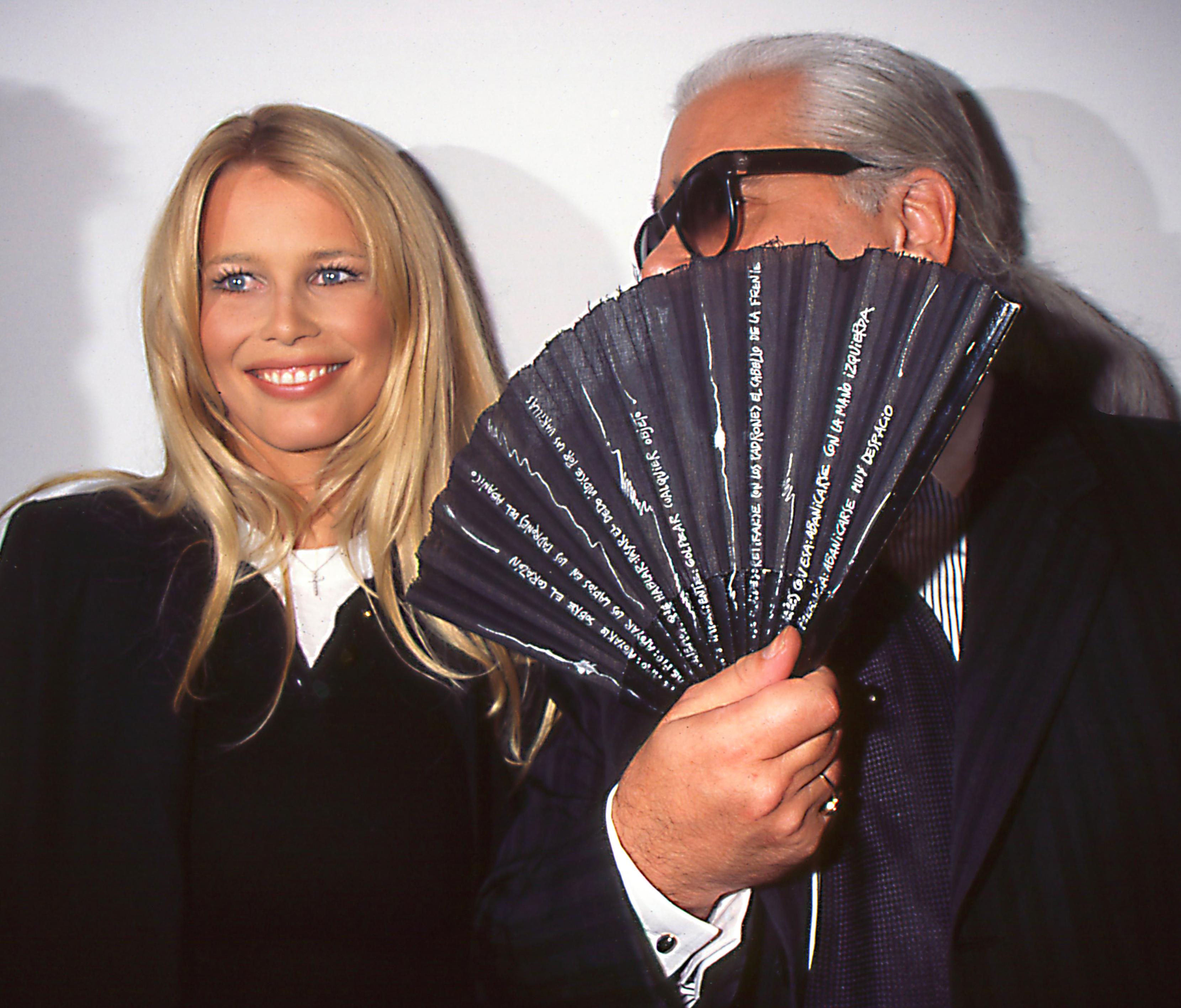 Claudia Schiffer & Karl Lagerfeld