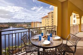 bonnet-creek-resorts-balcony