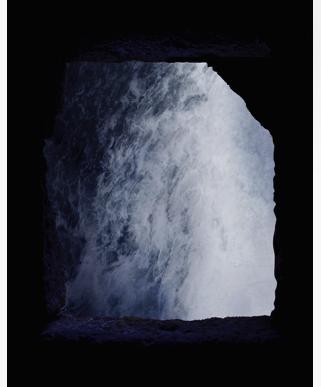 Inès Leroy Galan, Série Cavités Spatiales, Cavité VI, 2013,Photographie numérique, 60 x 39.9 cm