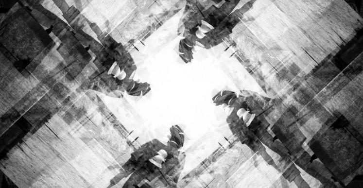 Romuald Martin, La fosse (série Dark Matter), 2017, composition photographique, 40 x 40 cm
