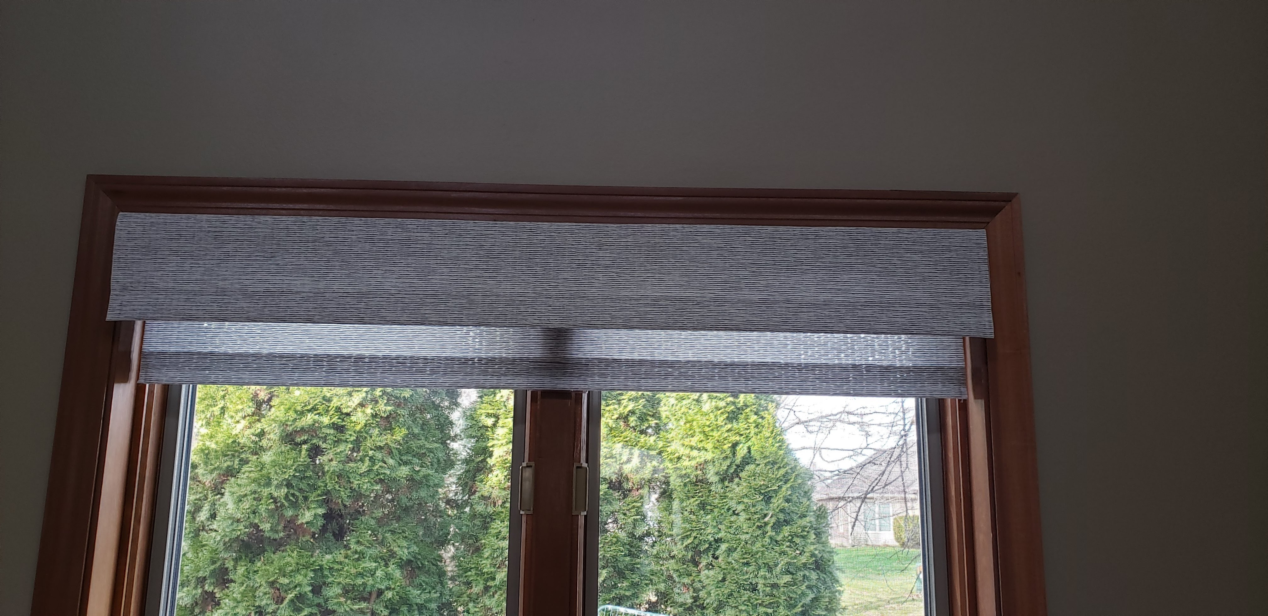 Horizons Spring Roller w/Valance