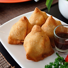 Vegetable Samosas (3 Pieces)
