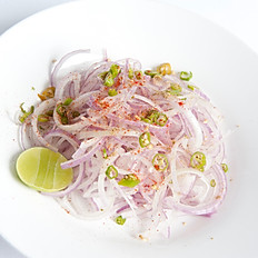 Fresh Onion Chilli Salad