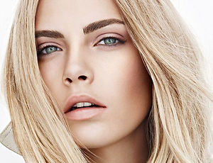 Burberry-Natural-Femme-Look.jpg