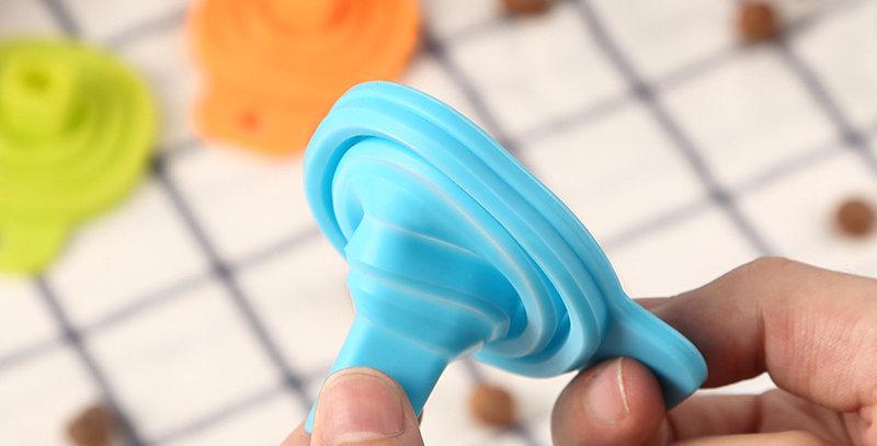 Embudo De Silicona Plegable (1 Unidad)flexible De Colores