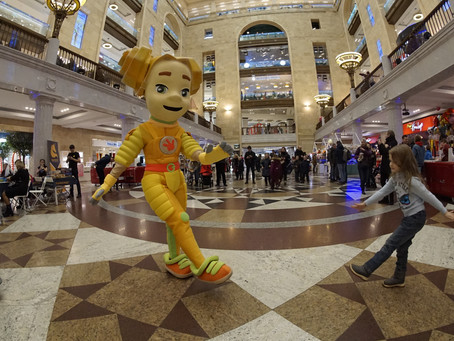 В честь премьеры нового сезона фиксики станцуют на стене «Центрального Детского Магазина на Лубянке»