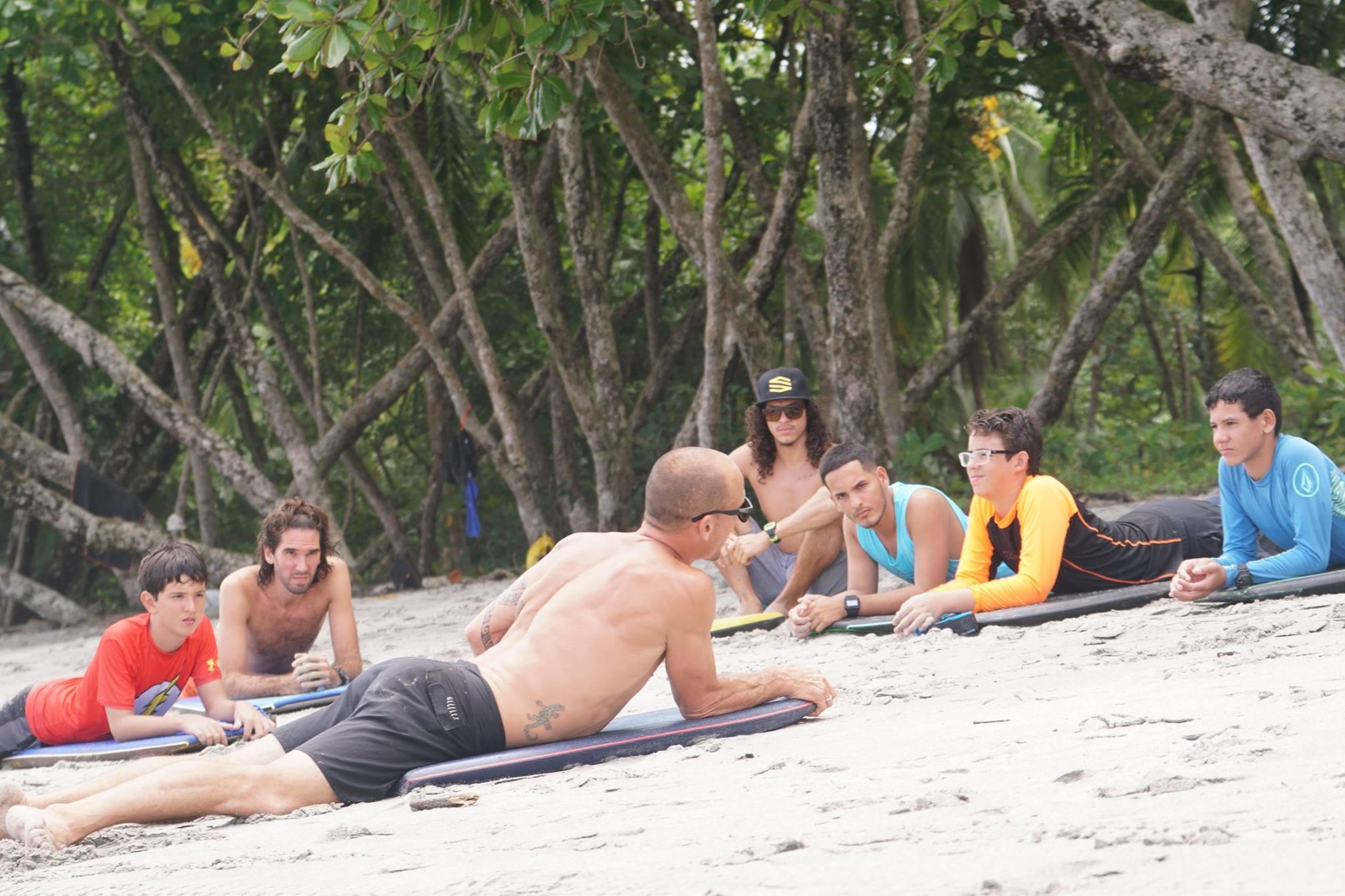 COSTA RICA II * 18