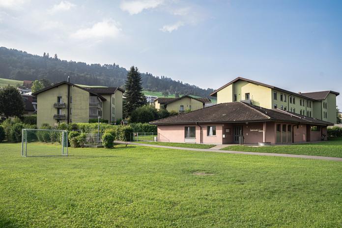 Kindergarten mit Fussballplatz, Fildernpark, Ebikon